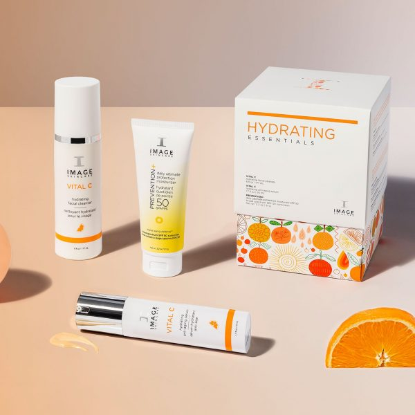 HYDRATING ESSENTIALS kinkekomplekt